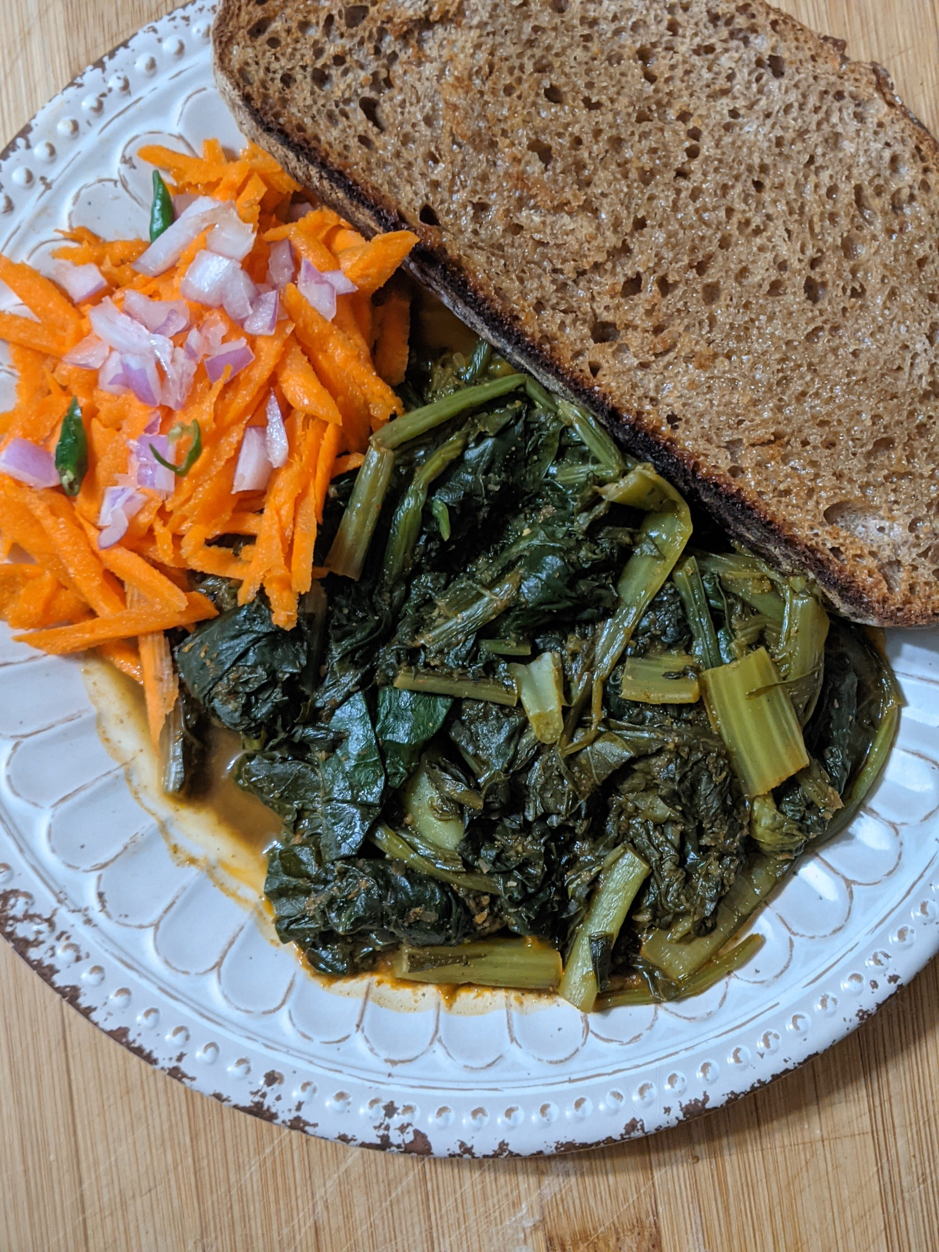 Image of Dandelion Curry served with bread